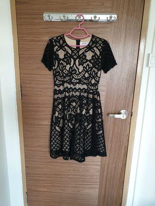 The Editor's Market TEM Emery Dress in Size M