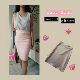 Baby pink pencil skirt