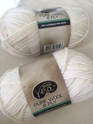 Vera Moda pure wool 8 ply