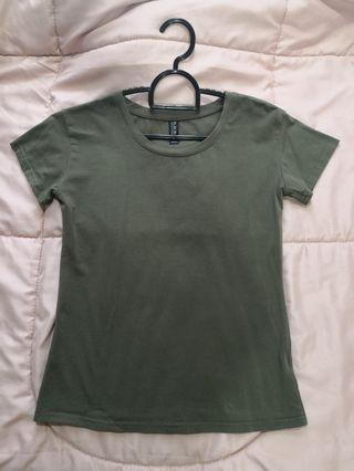 Dark green short sleeve shirt
