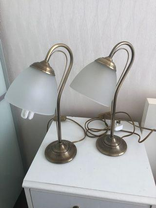 Brass lamp pair- excellent condition