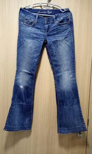 🚚 American Eagle Jeans