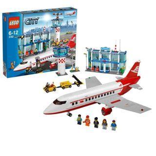 Lego City Airport + Passenger Plane 3182