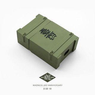 全新 Madness Airpods 保護套