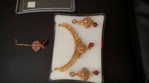 Pink & peach jewel set