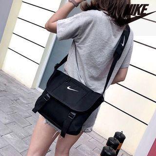 🚚 NIKE SLING BAG