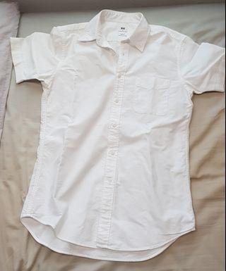Uniqlo short sleeve white shirt