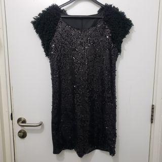 黑色珠片裙