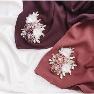 🚚 Floral Shawl