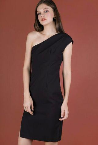 TRR Beau Toga Dress in black