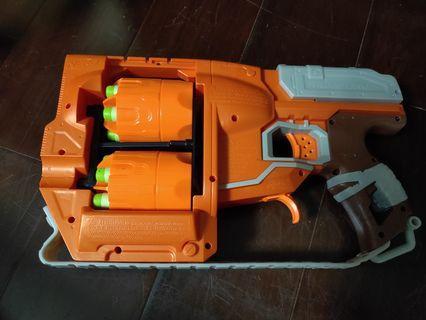 🚚 NERF 雙彈夾手槍