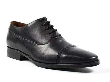 Gilberto black formal shoes