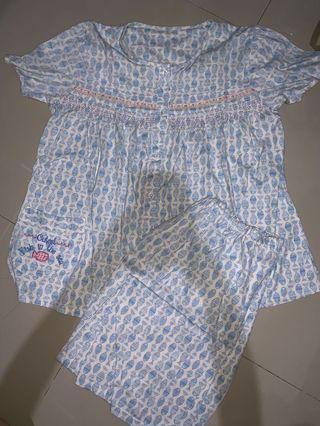 Piyama ( celana pendek)