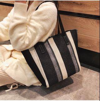 Bag female 2019 spring new striped handbag Korean version canvas bag shopping bag shoulder bag big bag