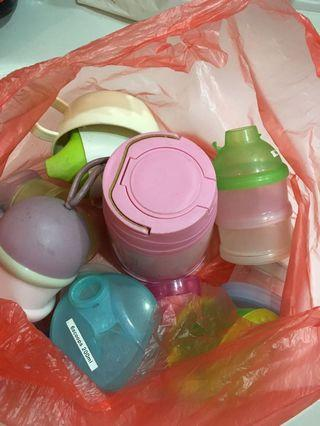 🚚 Baby containers and bottles Free
