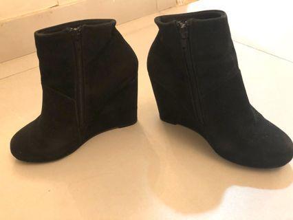 Black zara boots heels