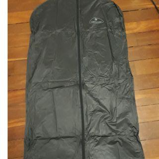 "Samsonite Suit Cover, Used Once. 45"" x 22"""