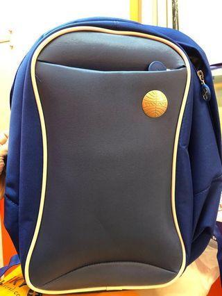 背包一個 back bag 💼 ~20L