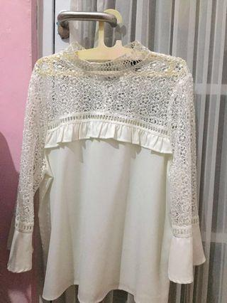 NEWLOOK Lace Top