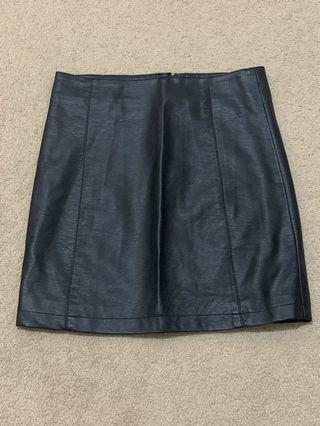 DOTTI leather skirt size 6