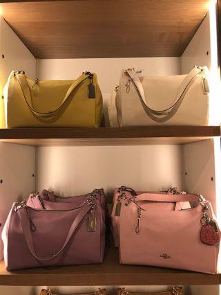 成熟款❣️coach Mia shoulder bag