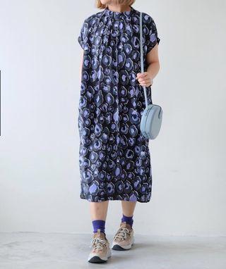 New!! 紫色圖案長裙Black x Lilac Floral Dress