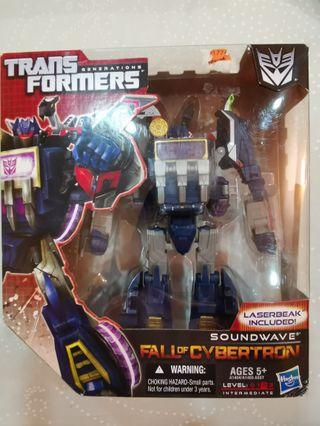 Transformers Generations Fall of Cybertron Soundwave Voyager