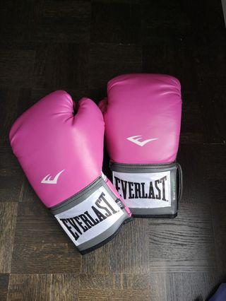 Everlast Women Boxing Gloves