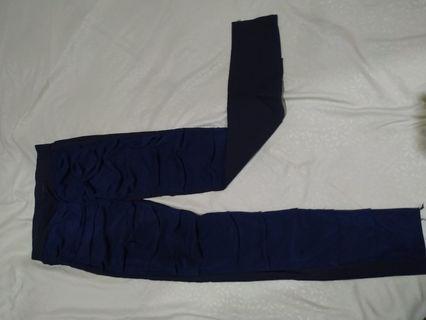 Celana stretch