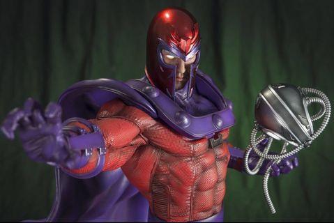Custom fan art 1/4 Magneto statue