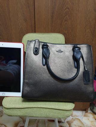 🚚 Coach Swagger Bag