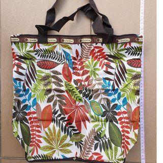 LeSportSac-foldable bag-jungle pattern