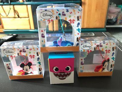 鯊魚寶寶玩具+迪士尼吊飾