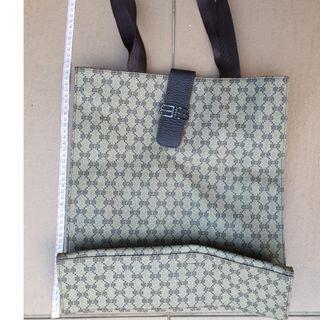 Balenciaga-leather handbag