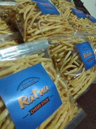 Ratna Cheese stik