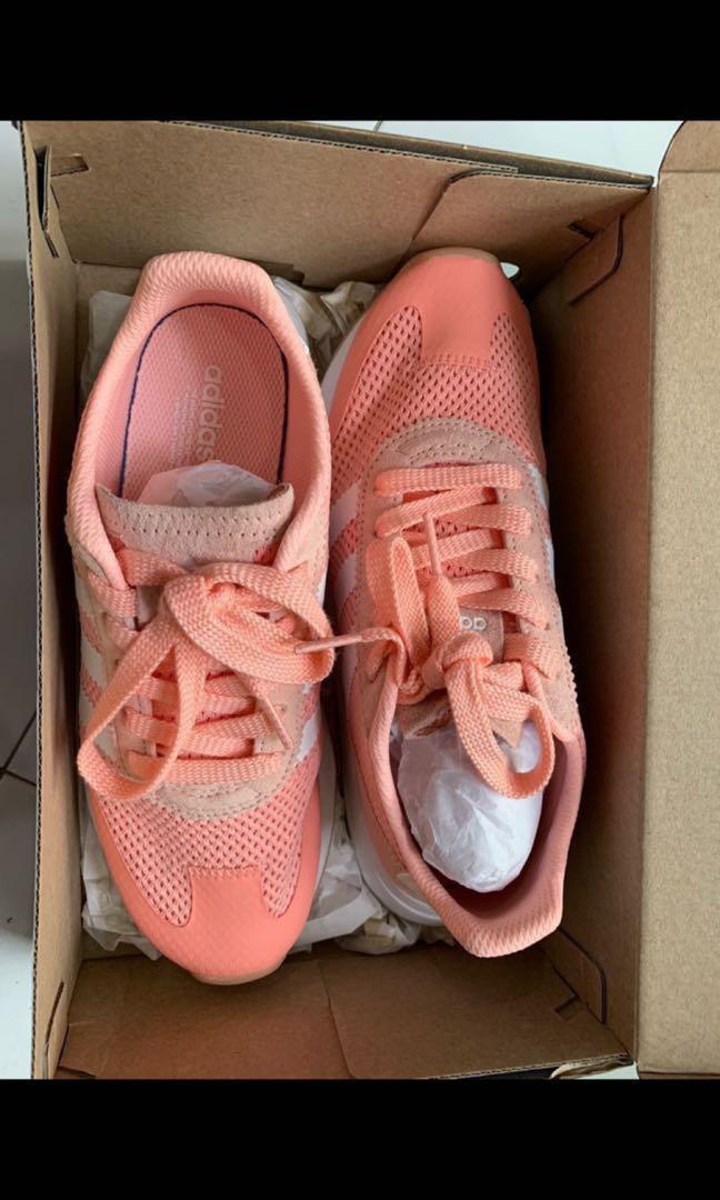 Adidas Sneaker - woman size 38/UK5/US6.5