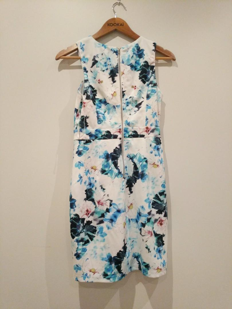 BNWT Dotti size 8 floral dress