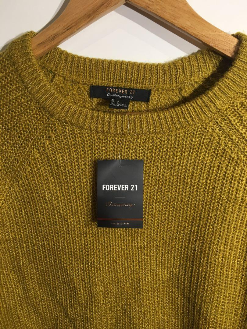 Brand New FOREVER 21 Cropped Sweater size S MUSTARD