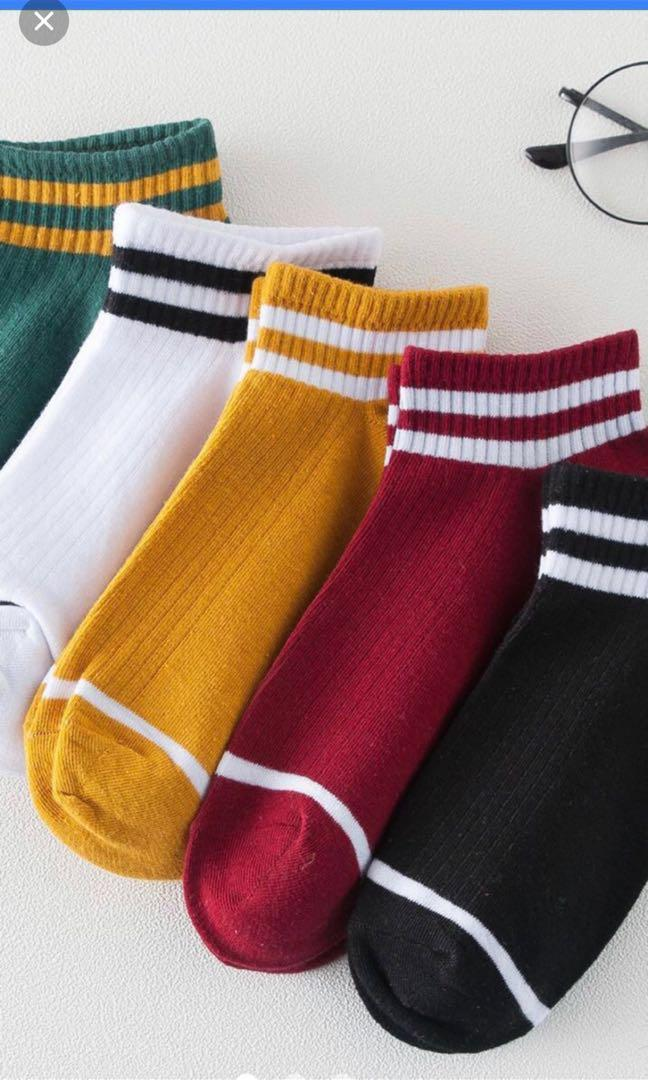 [FAST DEAL] Fashionable socks
