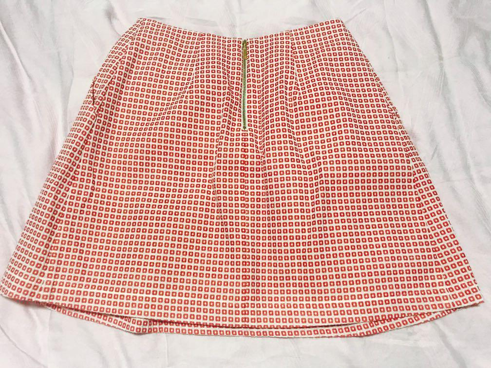 GG5 Red Skirt