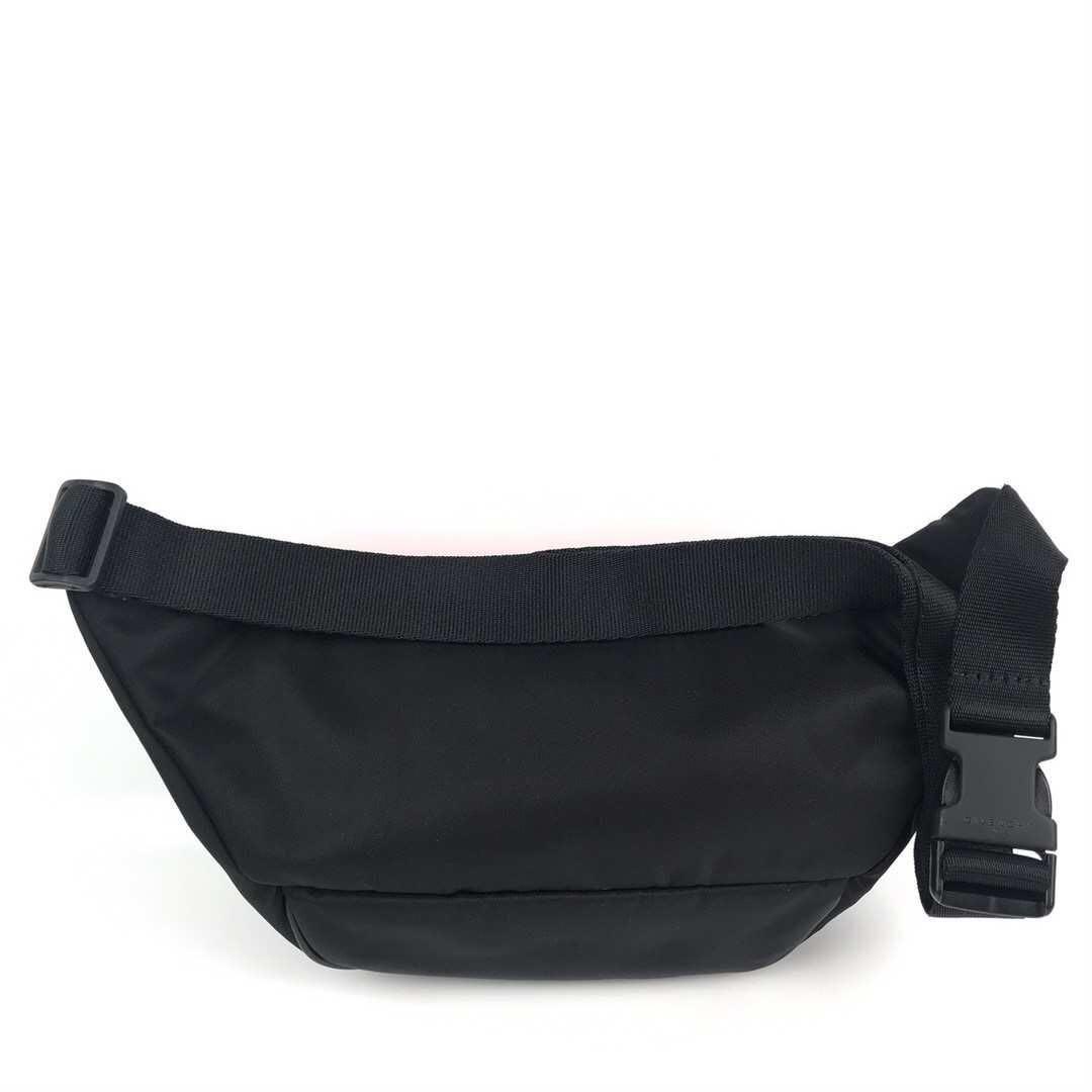 Givenchy belt bag 腰包!size 40cmx13cm! $3480