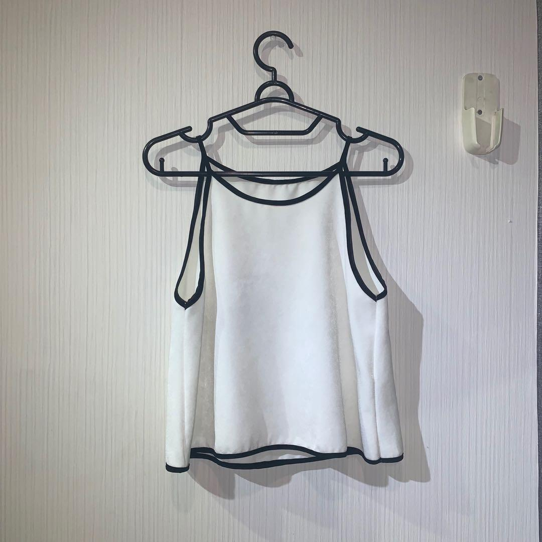 halter top with black lining
