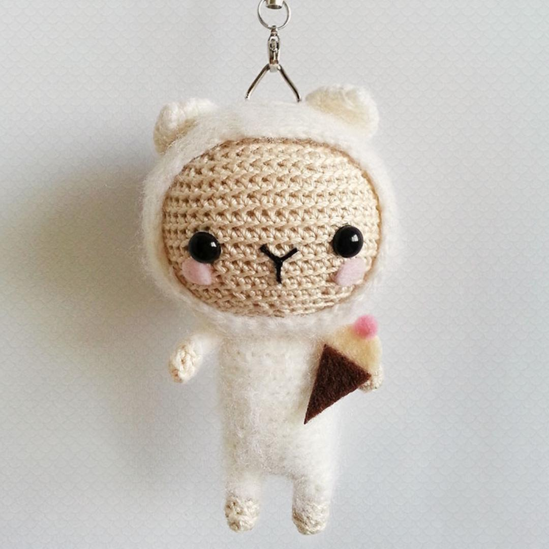 Sheep keychain – free crochet pattern - Amigurumi Today | 1080x1080