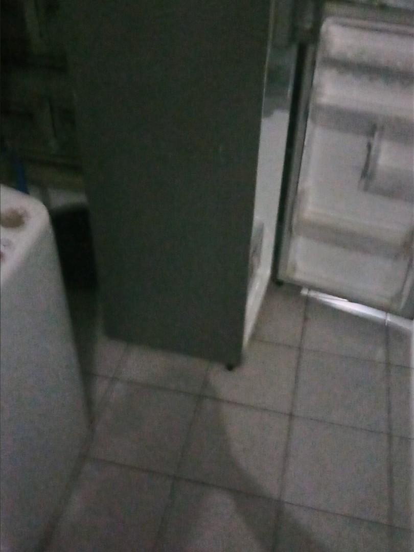 Kulkas LG inverter mulus 2 pintu oindahan