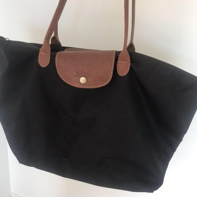 Longchamp - large black handbag (authentic)