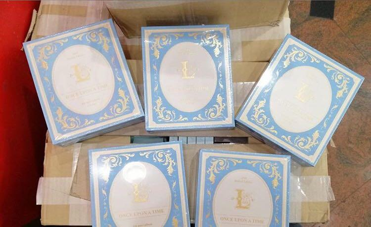 LOVELYZ 6th Mini Album - ONCE UPON A TIME CD + Poster