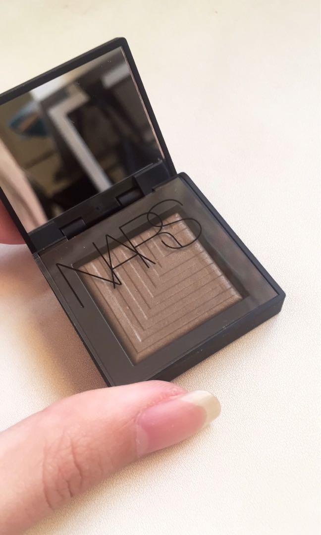Nars Dual-intensity eyeshadow (Limited) in Tan Lines