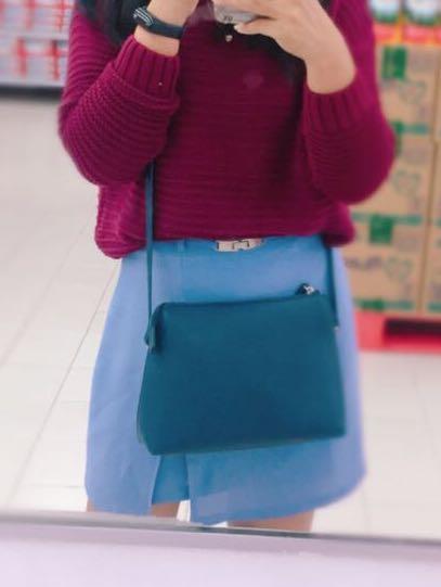 Navi Sling Bag