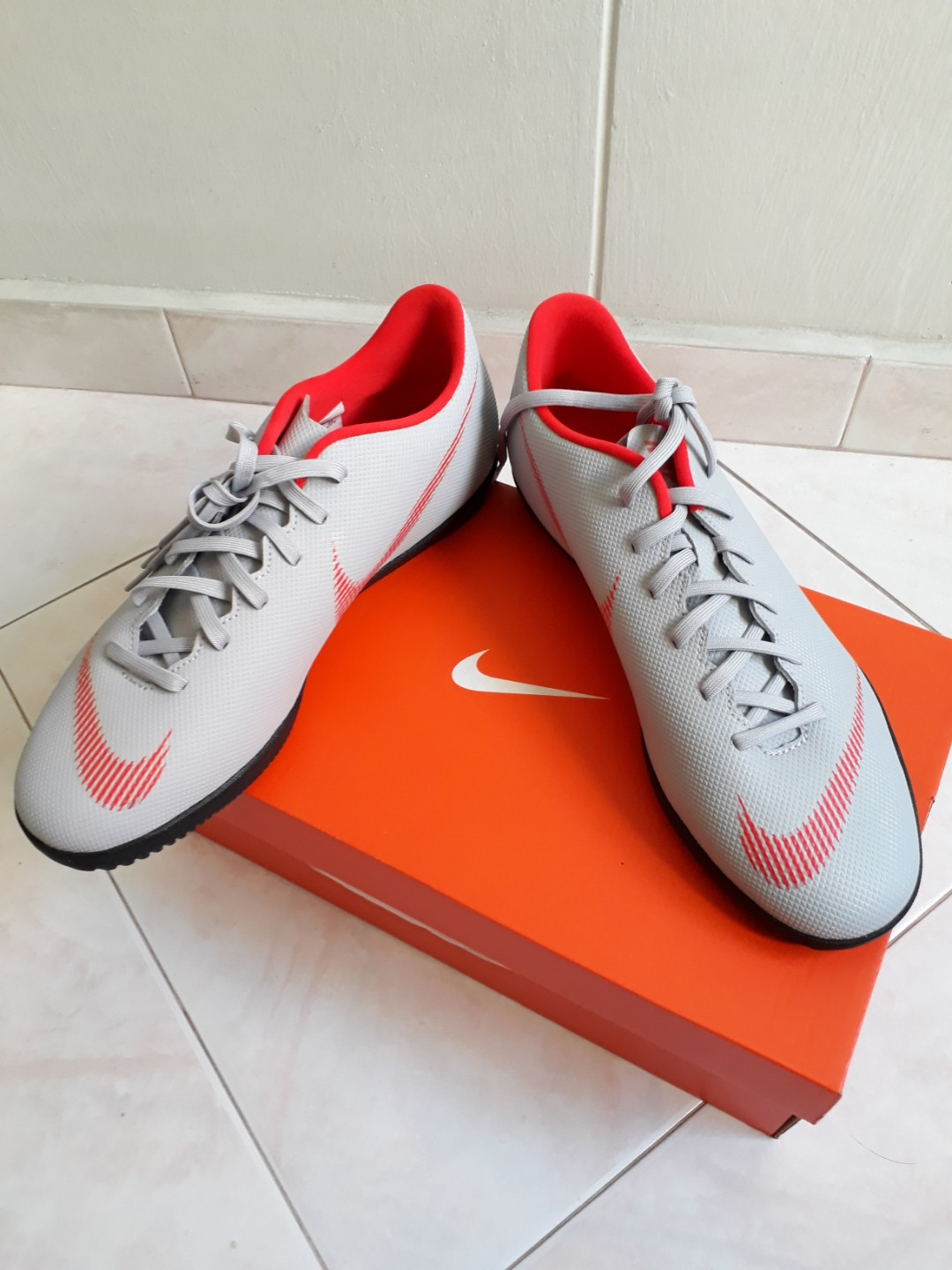 on sale bebb8 daba6 Nike Mercurial Vapor 12 Club IC