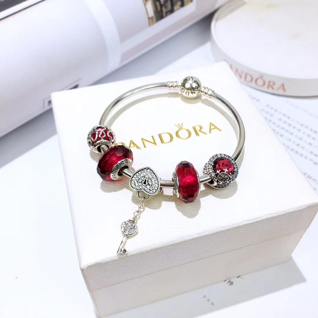 9bb63a6e3 ❤Pandora Love Lock and red Charms Bangle, Women's Fashion, Jewellery,  Bracelets on Carousell